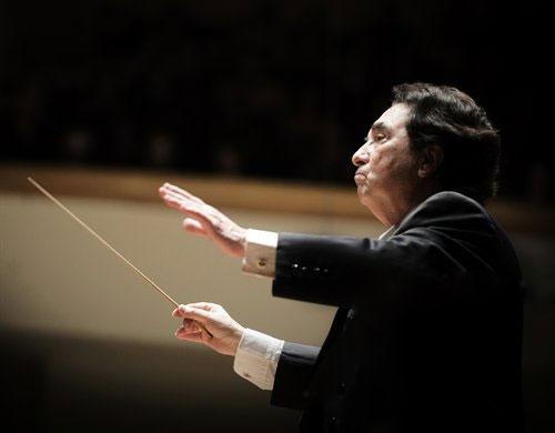 Enrique García Asensio dirigirá a la Orquesta de Extremadura