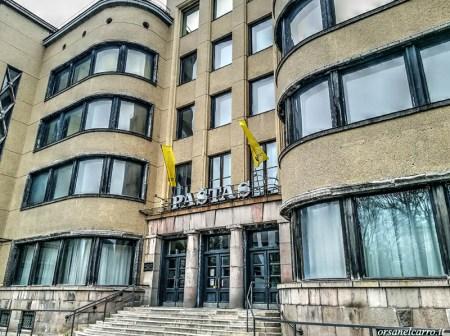 Poste-Kaunas-modernismo-sovietico-