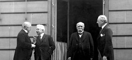 Conferenza di pace di Parigi -da sinistra a destra Lloyd George, Vittorio Emanuele Orlando, Georges Clemenceau, Woodrow Wilson