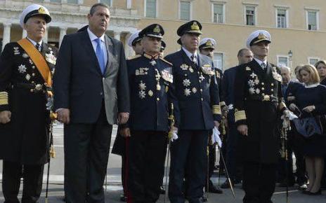 Το ΚΥΣΕΑ αποστράτευσε τους Αρχηγούς ΓΕΣ, ΓΕΝ και ΓΕΑ
