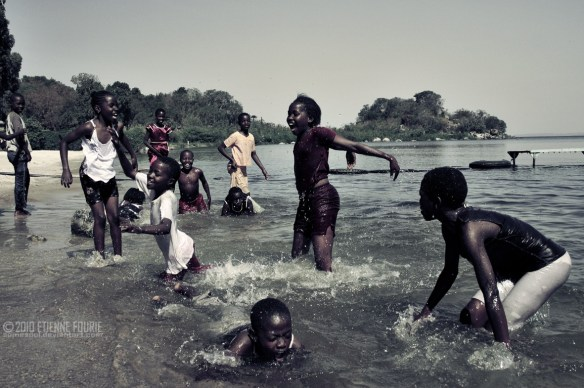 Fun_Under_an_African_Sun_by_somesoul