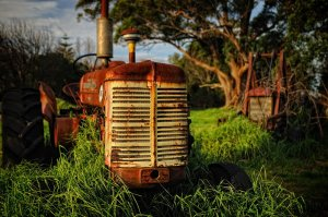 Red tractor by arthurking83