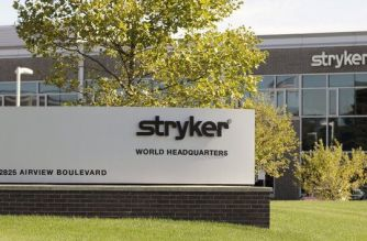 Stryker announces definitive agreement to acquire NOVADAQ Technologies Inc.