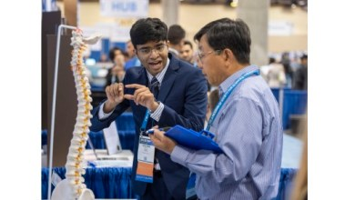 Photo of 16-Year-Old Engineer Works to Improve Spinal Surgery Using Machine Learning and Computer Vision