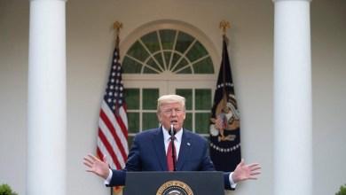 Photo of Trump says coronavirus 'peak in death rate' likely in 2 weeks, extends social-distancing guidelines through April 30