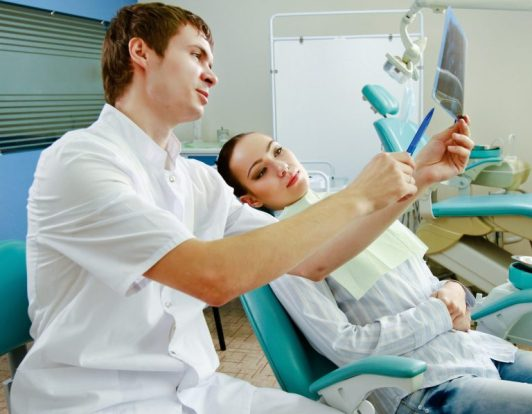 montare aparat dentar