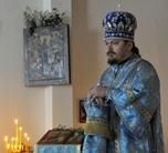 """(Română) Biserica Maicii Domnului """"Bucuria tuturor scârbiţilor"""" şi a Sfintei Genevieva din Paris şi-a marcat a 75-a aniversare"""