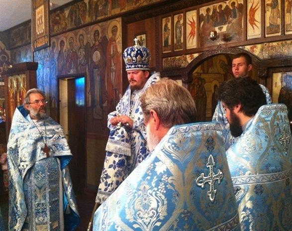 В Париже состоялись торжества по случаю второй годовщины архиерейской хиротонии епископа Корсунского Нестора