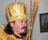 (Foto) Episcopul Nestor a săvârșit Sfânta Liturghie la biserica Sfântului Serafim de Sarov din Montgeron