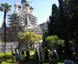 Воскресное богослужение впервые совершено в парке Николаевского собора Ниццы