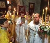 (Foto) Învierea Domnului la Biserica Sfîntului Serafim de Sarov din Montgeron