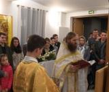 """""""Hristos a Înviat! Adevărat a Înviat!"""" – salutul pascal a răsunat și la comunitatea ortodoxă a sf. Paisie de la Paris în noaptea Învierii Domnului"""