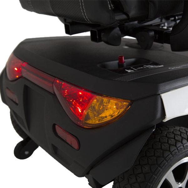 Scooter eléctrico Comet Alpine + Invacare Potente, robusto y seguro-2