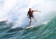 世界中のサーファーに愛されるオレンジ郡のビーチ「ハンティントン・ビーチ」