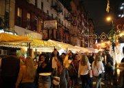 リトルイタリーの人気ストリートフェスティバル「サン・ジェナーロ祭」