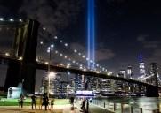 毎年9月11日に点灯される「追悼の光」