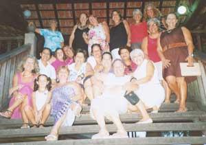 Mulheres da AMEAS, Associação de Mulheres Empreendedoras Acontecendo em Saquarema, no Lake's Shopping.