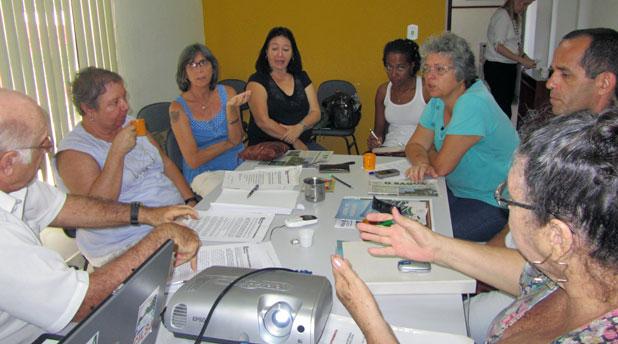 Reunião da Plenária das ONGs na sede do Consórcio Intermunicipal Lagos São João, em Araruama, com a participação de vários ambientalistas. Foto: Monique Barcellos.