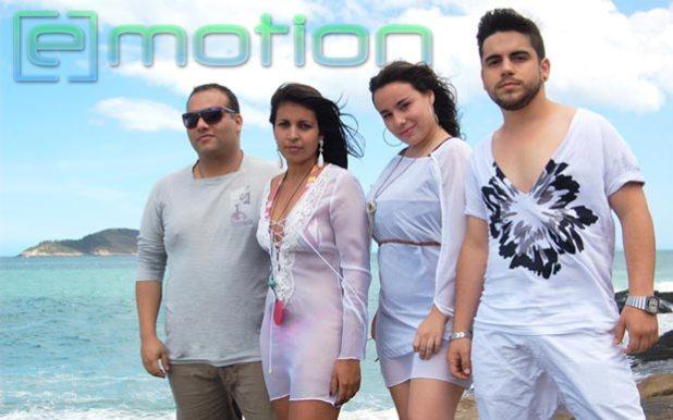 Juan Hayamares, Ella Dree, Luisa Linhares e Felippe Molko, do grupo E. Motion