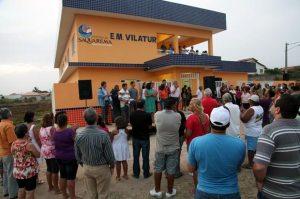 Moradores de Vilatur prestigiaram a inauguração da Escola Municipal