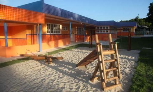 Inaugurada creche da Bicuíba