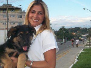 A médica veterinária  Dra. Suzana Rezende