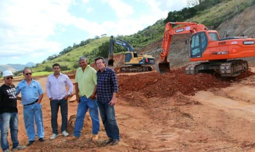 Grupo Desk: administrado pelo empresário Ernesto Maia e seus filhos, agora instala fábricas em Saquarema