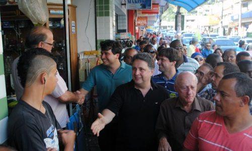 Crivella e Garotinho visitam Pedro Ricardo