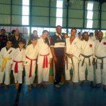 Alunos das academias de Saquarema e Araruama receberam certificado de participação no evento. (Foto: Michele Maria)