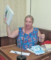 Fundadora e coordenadora do Fórum  da Agenda 21, a jornalista Dulce Tupy explicou o processo de criação do documento em Saquarema e a necessidade de mobilização  do poder público e sociedade civil (fotos: Edimilson Soares)