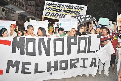 Juventude de Saquarema exercendo a cidadania nas ruas (Agnelo Quintela)
