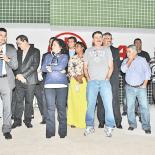 Deputado Paulo Melo e prefeita Franciane Motta comemoram com secretários e com o Legislativo a inauguração do PU de Saquarema (Foto: Agnelo Quintela)