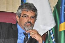 No exercício da presidência pela 2ª vez, Paulo Renato  mostra maturidade e coerência política (Foto: Agnelo Quintela)