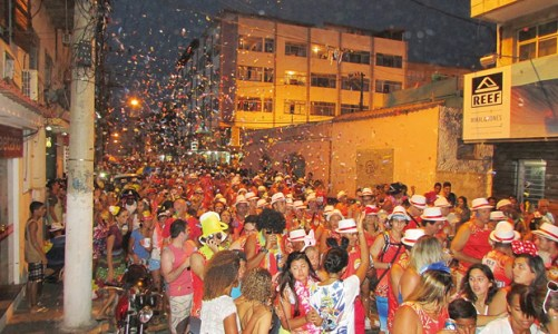 Carnaval da família e dos foliões