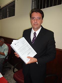 O vereador Rodrigo Borges divulgou a denúncia (Foto: Edimilson Soares)
