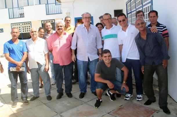 Na Pousada Espuma da Praia, Eduardo Cunha com Everton Frutuoso, Silvio Vidal, empresários locais e lideranças comunitárias