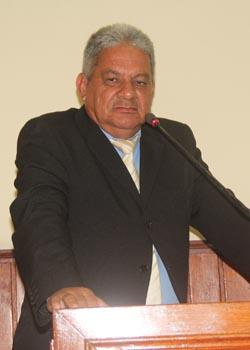 O presidente da Câmara, vereador Romacart Azeredo, foi firme desde o primeiro momento (Edimilson Soares)