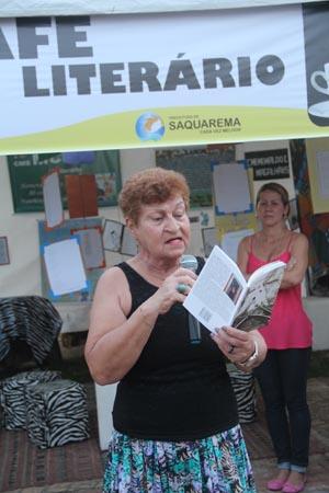 A professora e poeta Lina Barcellos (Edimilson Soares)