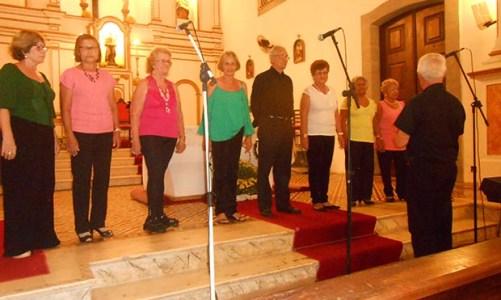 Coral Vozes de Saquarema  no festival de Conservatória