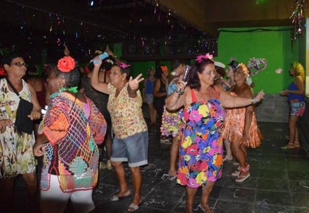 O tradicional baile pré-carnavalesco da terceira idade no Pedacinho do Céu (Divulgação)