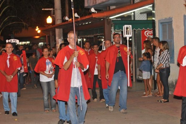 A solene procissão do Domingo de Ramos promovida pela Irmandade Nossa Senhora de Nazareth (Agnelo Quintela)