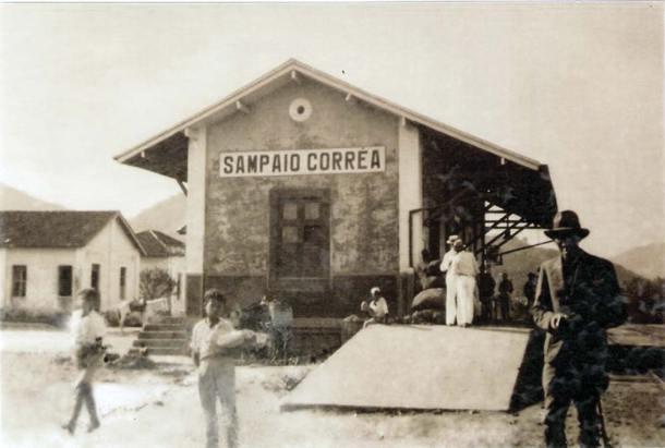 A estação Sampaio Corrêa, provavelmente nos anos 30. (Acervo Claudio Marinho Falcão)