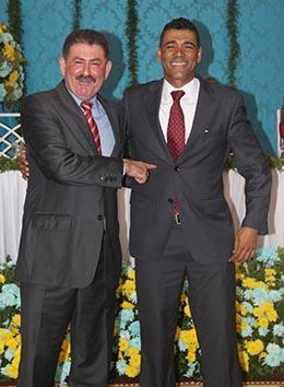 Amigos, o deputado Paulo Melo apoia o vereador Kilinho (Foto: Edimilson Soares)