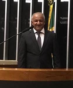 Lourival Gomes agora é deputado federal