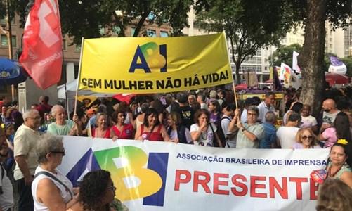 Manifestações no Dia Internacional da Mulher mobilizaram o Rio de Janeiro
