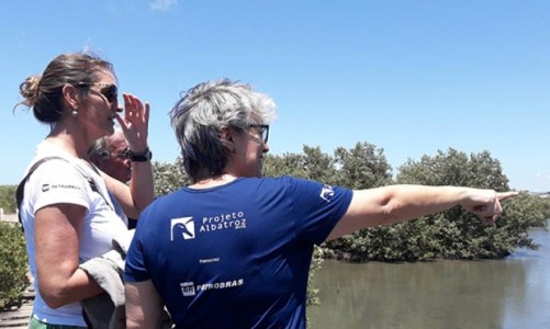 Roda de Conversa do Projeto Albatroz reúne pescadores em Cabo Frio