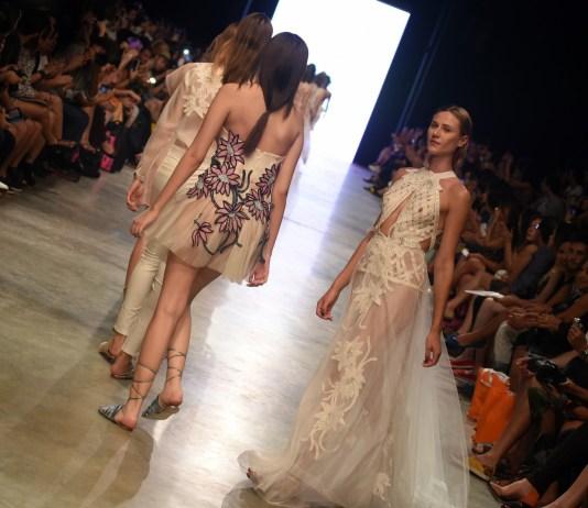 18e99ffcb6 Desfile Melk Zda - Osasco Fashion