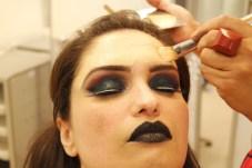 maquiagem de carnaval - finalizacao da pele - site Osasco Fashion