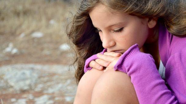 Crianças e bebês também sofrem com a depressão (Imagem: ABC)