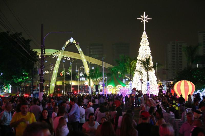 Decoração de Natal Osasco de 2015 - Foto: Ivan Cruz